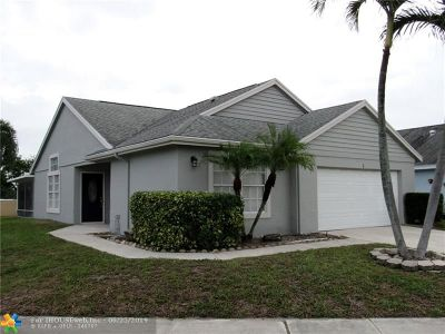 Boynton Beach Single Family Home For Sale: 1 Misty Laurel Cir