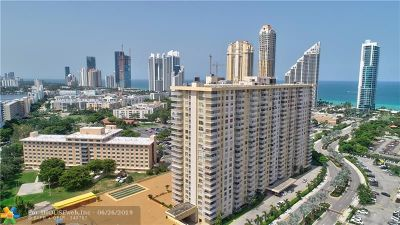 Sunny Isles Beach Condo/Townhouse For Sale: 231 174th St #703