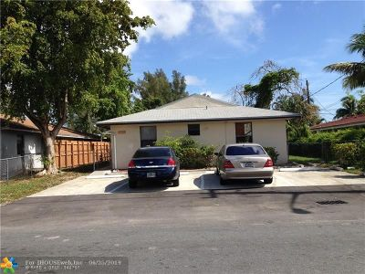Pompano Beach Multi Family Home For Sale: 125 NE 6th St