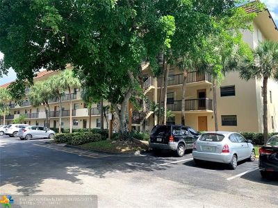 Broward County , Palm Beach County Condo/Townhouse For Sale: 4975 E Sabal Palm Blvd #414