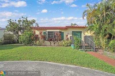 Hollywood Single Family Home For Sale: 2222 Scott St