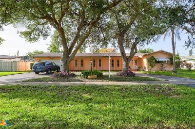 Hollywood Single Family Home For Sale: 4921 Van Buren St