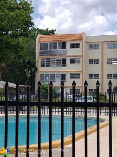 Lauderhill Condo/Townhouse For Sale: 2401 NW 41st Ave #406