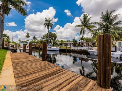 Fort Lauderdale Single Family Home For Sale: 2442 Gulfstream Ln