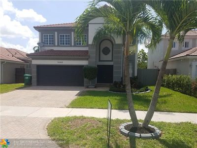 Miami Single Family Home For Sale: 14163 SW 158th Ct