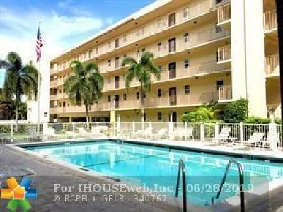 Lauderdale By The Sea Condo/Townhouse Backup Contract-Call LA: 4629 Poinciana St #304