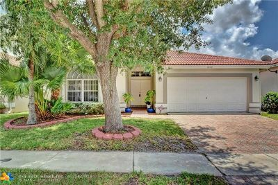 Margate Single Family Home For Sale: 7640 NW 28th St