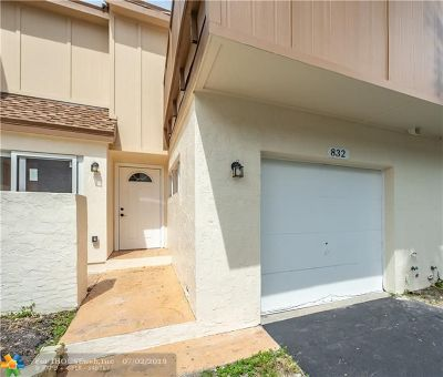 Plantation Condo/Townhouse For Sale: 832 NW 82nd Ave #5