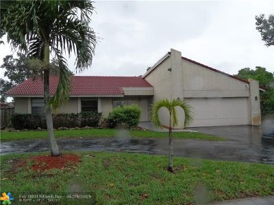 Coral Springs Single Family Home For Sale: 10170 Ramblewood Dr