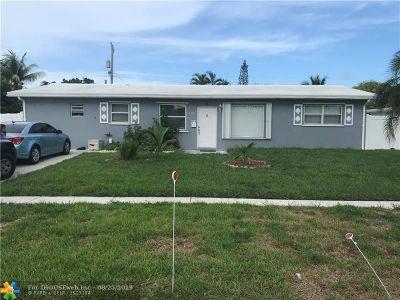 Deerfield Beach Single Family Home For Sale: 1308 SE 1st Ter