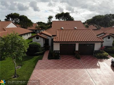 Delray Beach Condo/Townhouse For Sale: 6033 Waldwick Cir #6033