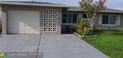 Tamarac Single Family Home For Sale: 4905 NW 52nd Ct