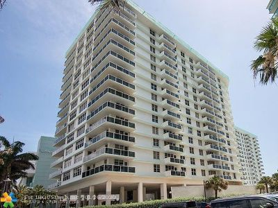 Hollywood Beach, Hollywood Beach 1-27 B, Hollywood Beach Gardens 1, Hollywood Beach Gardens C, Hollywood Beach Heights S Condo/Townhouse For Sale: 3725 S Ocean Dr #824