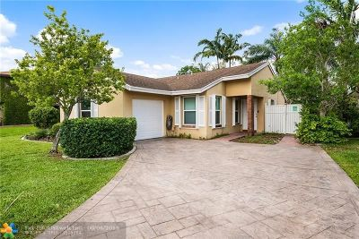 Davie Single Family Home For Sale: 13731 Oak Ridge Dr
