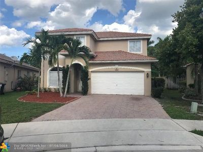 Coconut Creek Single Family Home For Sale: 4992 Pebblebrook Ter