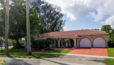 Weston Single Family Home For Sale: 16500 Lake Tree Dr