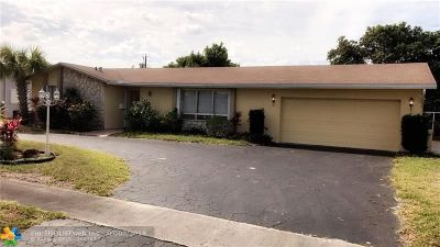 Plantation Single Family Home For Sale: 4400 NW 7th St
