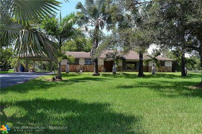 Southwest Ranches Single Family Home For Sale: 16221 SW 53rd St