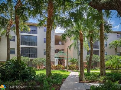 Coconut Creek Condo/Townhouse For Sale: 4400 NW 30th St #122