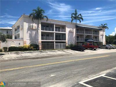 Pompano Beach Condo/Townhouse For Sale: 32 NE 22nd Ave #301