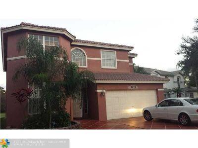 Pompano Beach Single Family Home For Sale: 3628 Dunes Vista Dr