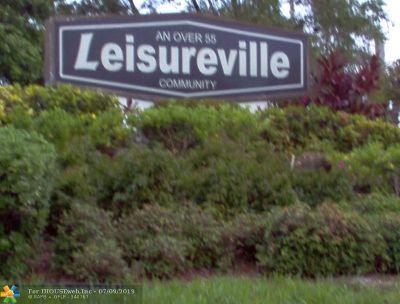 Pompano Beach Condo/Townhouse For Sale: 2701 E Golf Blvd #2015