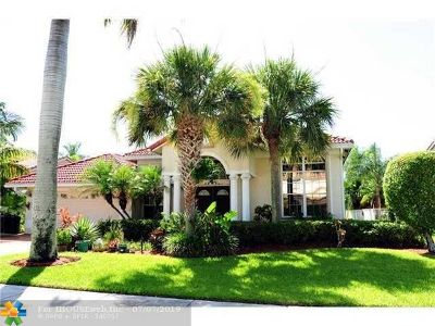 Boca Raton Single Family Home For Sale: 19448 Preserve Dr
