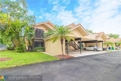 Coral Springs Condo/Townhouse For Sale: 8415 Shadow Ct #1