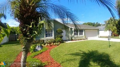 Jupiter Single Family Home For Sale: 18255 Jupiter Landings Dr