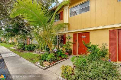 Davie Condo/Townhouse For Sale: 1809 SW 81st Ave #3#15