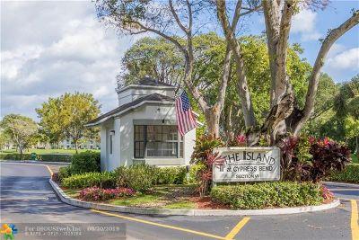 Pompano Beach Condo/Townhouse For Sale: 2217 Cypress Island Dr #206