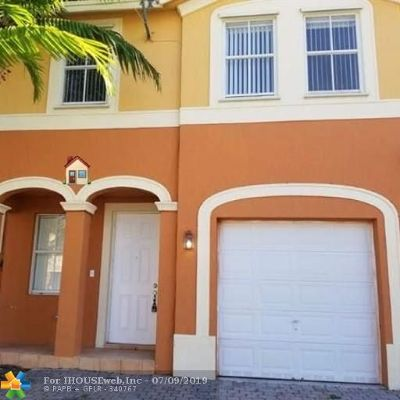 Homestead Condo/Townhouse For Sale: 10818 SW 240th Ter