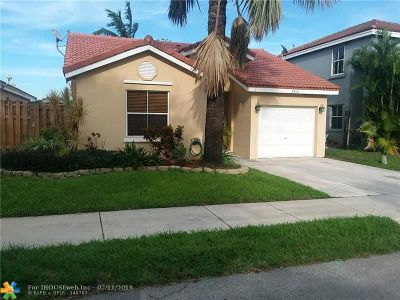 Davie Single Family Home For Sale: 4310 SW 82nd Way
