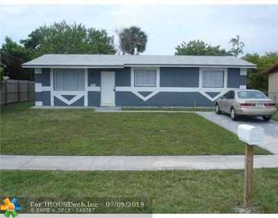 Pompano Beach Single Family Home For Sale: 2821 NW 8th St