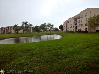 Sunrise Condo/Townhouse For Sale: 10300 NW 30th Ct #110