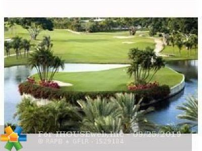 Hallandale Condo/Townhouse For Sale: 801 Three Islands Blvd #407