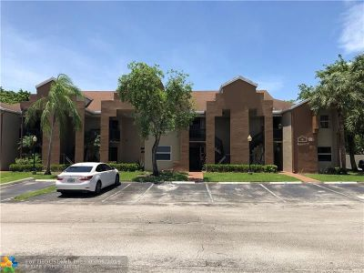 Pembroke Pines Condo/Townhouse For Sale: 11361 SW 3rd St #11361