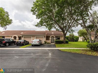 Weston Condo/Townhouse Backup Contract-Call LA: 16600 Greens Edge Cir #81