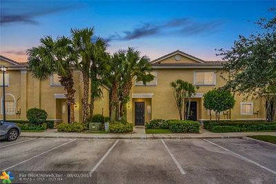 Coconut Creek Condo/Townhouse For Sale: 4750 NW 57th Pl #4750