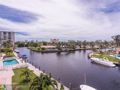 Pompano Beach Condo/Townhouse For Sale: 935 SE 9th Ave #12