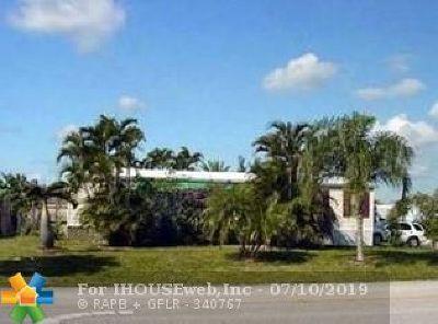Boca Raton Single Family Home For Sale: 22999 Seaspray Pl