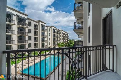 Coral Gables Condo/Townhouse For Sale: 301 Altara Ave #610