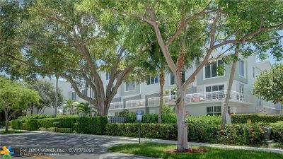 Wilton Manors Condo/Townhouse For Sale: 2758 NE 8th Ave