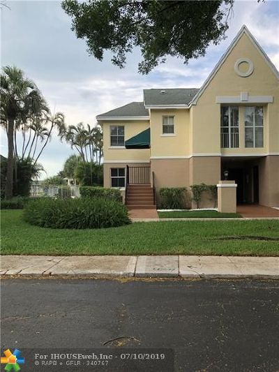 Pompano Beach Condo/Townhouse For Sale: 2837 N Course Dr #201