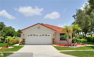 Pembroke Pines Single Family Home For Sale: 18010 NW 18th Street