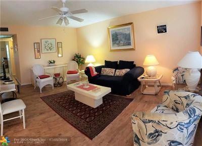 Deerfield Beach Condo/Townhouse For Sale: 50 Upminster C #50