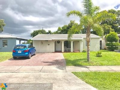 Oakland Park Single Family Home For Sale: 231 NW 53rd St