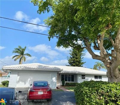 Pompano Beach Single Family Home For Sale: 2041 Waters Edge