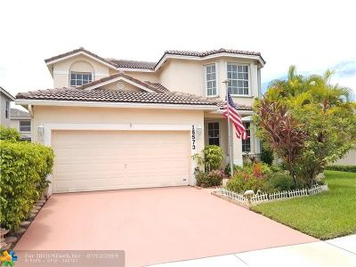 Pembroke Pines Single Family Home For Sale: 16573 NW 21st St
