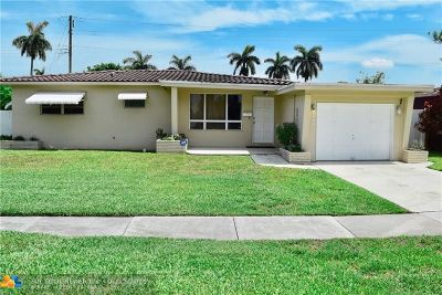 Broward County Single Family Home For Sale: 3130 Pierce St